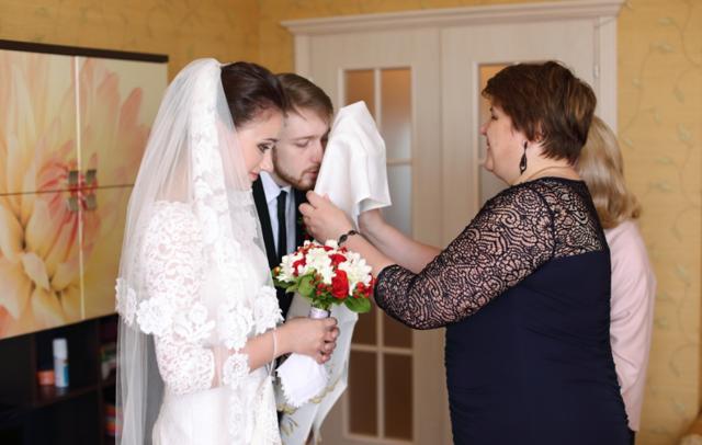 Какой иконой благословляют сынадочь на брак, слова родительского благословления