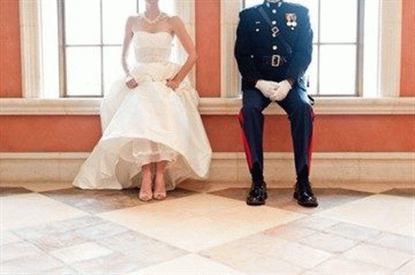 Регистрация брака военнослужащего: выплаты, сроки, что положено