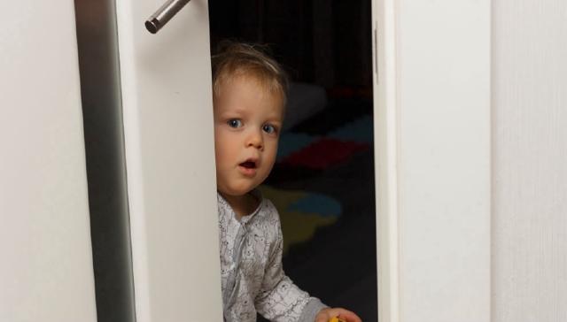 Могут ли органы опеки прийти без предупреждения и можно ли не пускать их в квартиру