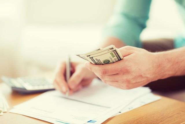 Как подтвердить оплату алиментов и как доказать, что отец на платит денег на ребенка