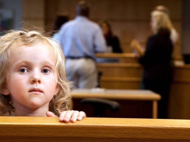 Можно ли отказаться от усыновленного ребенка после развода и как отменить усыновление