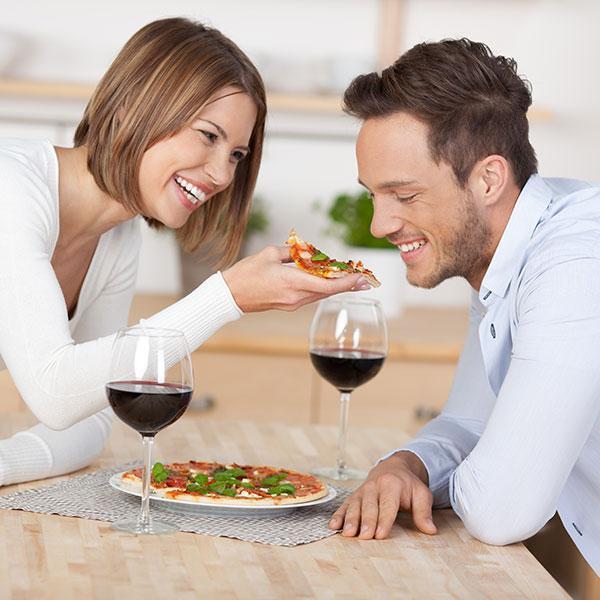 Гостевой брак: что это такое, плюсы и минусы для женщин и мужчин