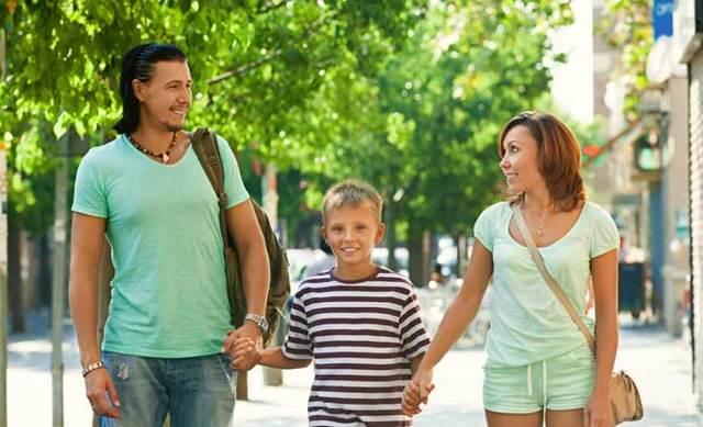 Можно ли поменять отчество ребенку и как его изменить до 14 лет