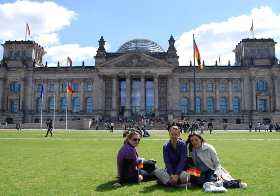 Алименты в Германии: как платят на детей, бывших супругов и родителей
