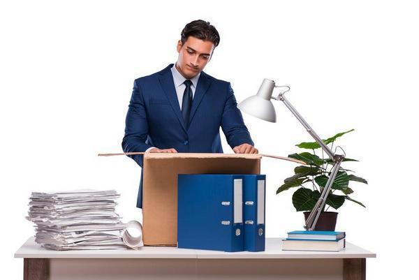 Справки при увольнении по собственному желанию в 2020 году: какие документы выдают