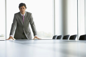 Увольнение генерального директора по решению учредителя: пошаговая инструкция