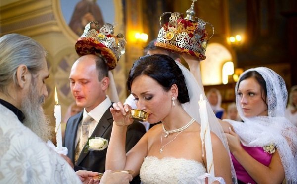 Венчание после нескольких лет брака - нюансы и подготовка