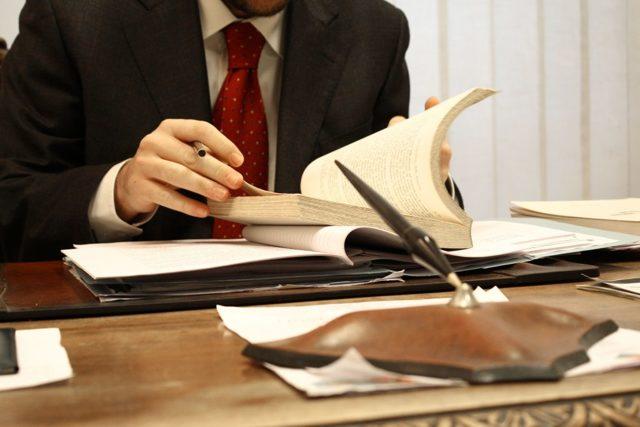 Как проходит суд по алиментам: сколько длится заседание и как выиграть судебное разбирательство