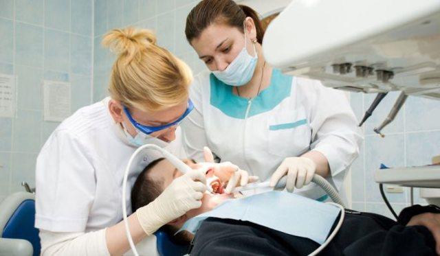 Дают ли больничный при удалении зуба, флюсе и сильной зубной боли