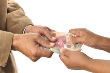 В каких случаях не оплачивается больничный лист и когда его вообще не выдают