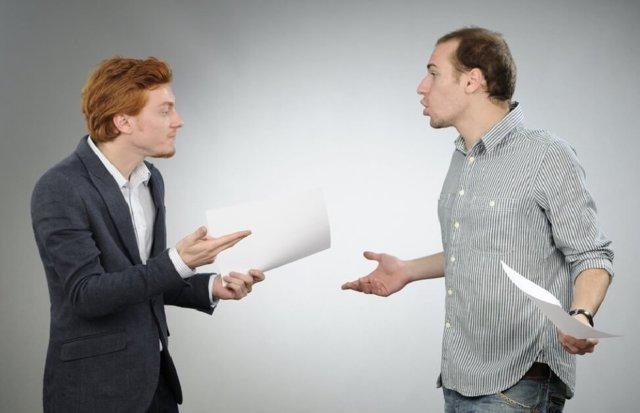 Как вернуть подаренную квартиру обратно дарителю и можно ли отказаться от дарственной