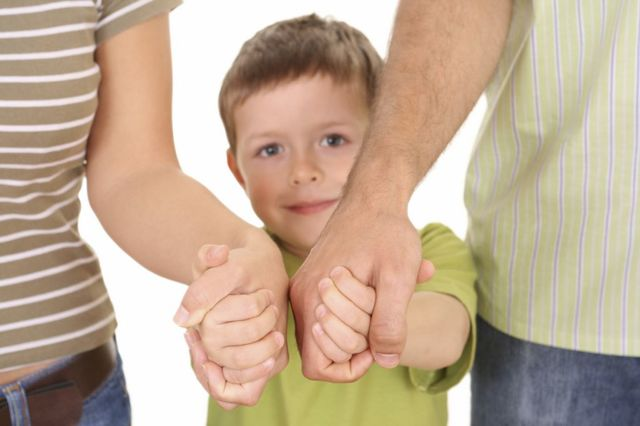 Требования к усыновителям в России: разница в возрасте между усыновителем и усыновленным и другие аспекты