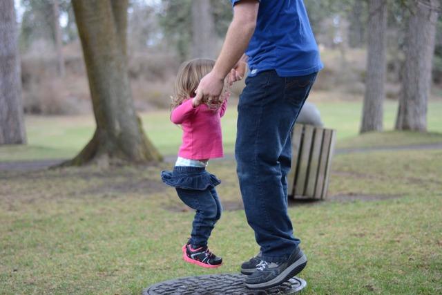 Если родители не расписаны, как оформить ребенка: как усыновитьустановить отцовство