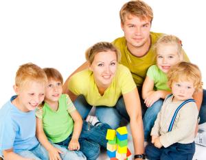Единовременная выплата многодетным семьям: оформление пособия, размер денежной помощи