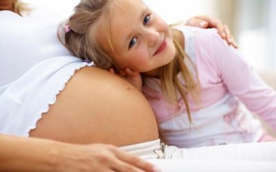 Платят ли женщины алименты на ребенка и содержание бывшего супруга