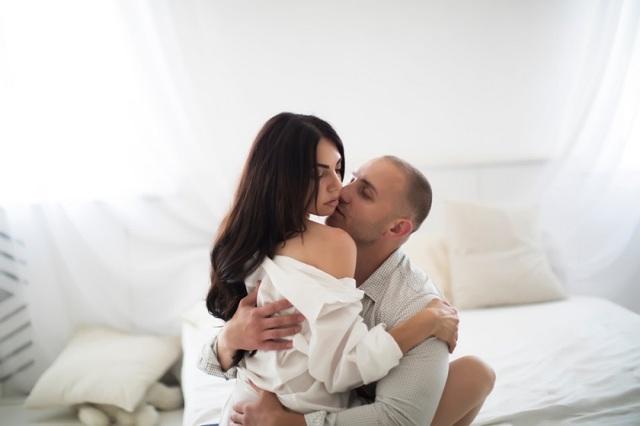 Почему муж не подает на развод и стоит ли уходить из дома после расторжения брака