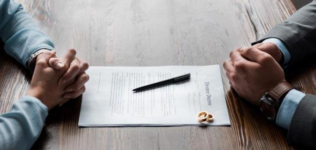 Вправе ли опекун недееспособного супруга расторгнуть брак в органах ЗАГС и другие нюансы развода