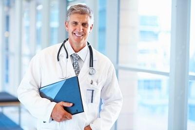 Кто оплачивает больничный лист: работодатель или страховая компания