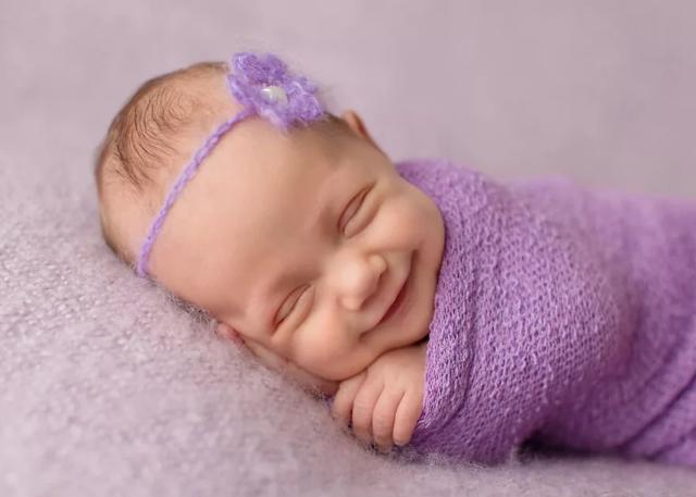 Что дают за 5 ребенка: какие положены выплаты и льготы от государства при рождении малыша