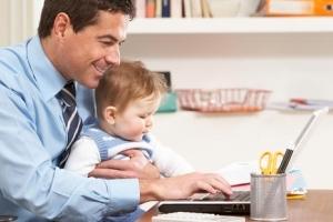 Как оформить декретный отпуск на мужа, если жена не работает или выходит на работу
