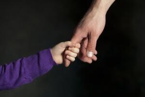 Приемная семья: что это такое, права и обязанности родителей, на основании чего образуется