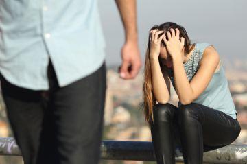 Как справиться с разводом и выйти из депрессии: советы для женщин и мужчин