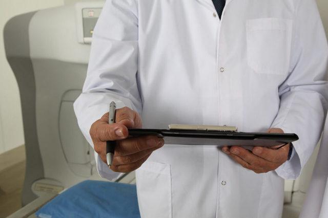 Больничный перед отпуском: влияет на отпускные, что делать, если работник заболел