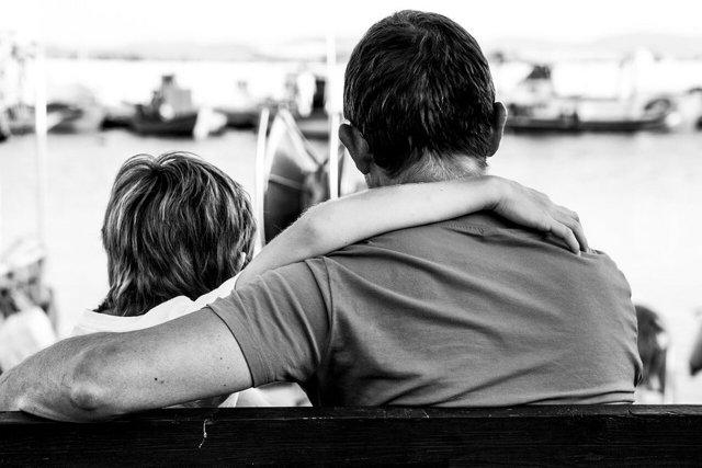 Отказ от ребенка отцом и матерью в добровольном и судебном порядке
