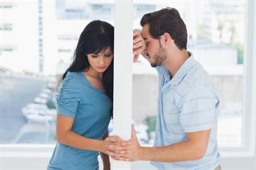 Почему бывший муж оскорбляет бывшую жену после развода