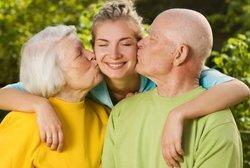 Права бабушки на ребенка после развода: можно ли видеться с внуком, что делать, если невестка против