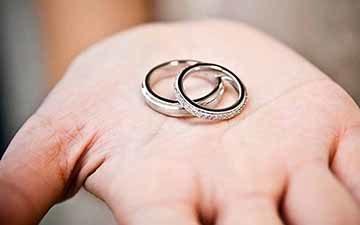 Брак между усыновителями и усыновленными в Российской Федерации