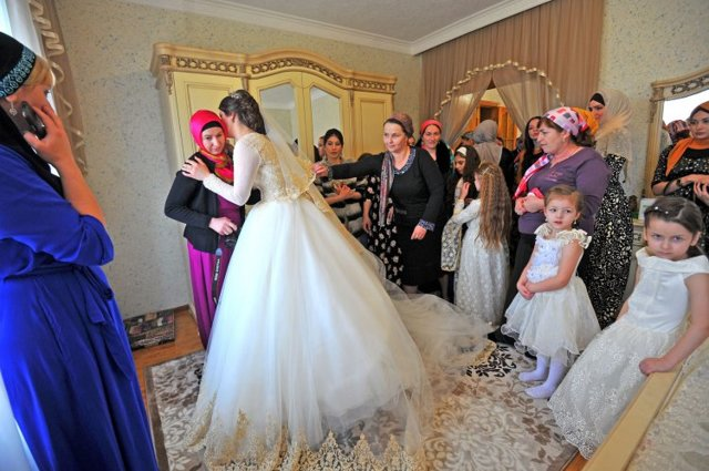Брак с дагестанцемдагестанкой: порядок и условия регистрации отношений в России и Дагестане