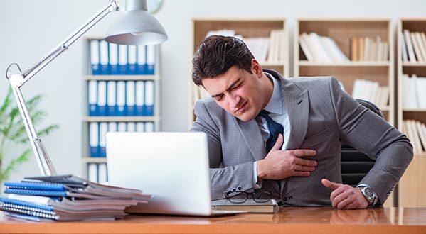 Увольнение по состоянию здоровья: выплаты и компенсации, запись в трудовой
