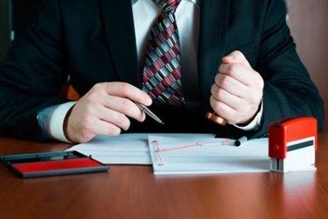 Регистрация брачного договора в Росреестре: нужно ли регистрировать переход права собственности по контракту