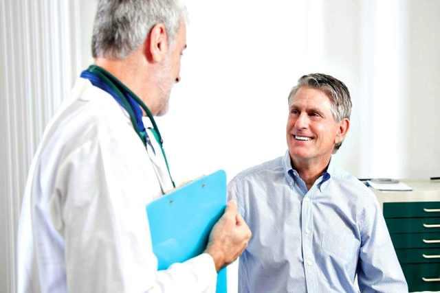 Удерживают ли алименты с больничного листа и в каком размере начисляются