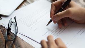 Замена полиса ОМС при смене фамилии после замужества и расторжения брака