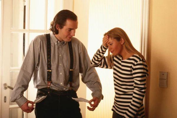 Муж изменяет жене: что делать, советы психологов, как себя вести