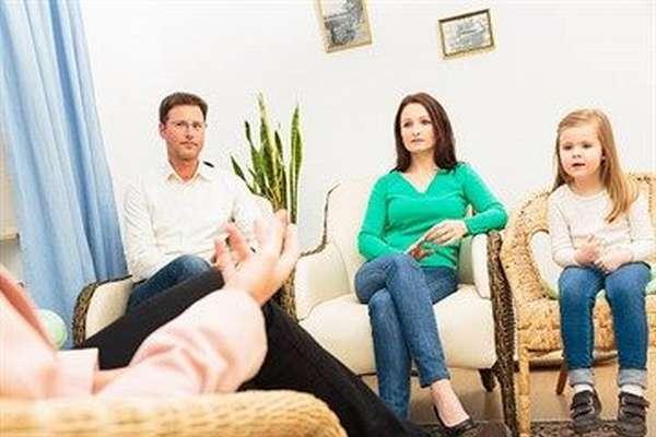 Как помирить родителей, если они хотят развестись, и как вернуть бывшего мужажену