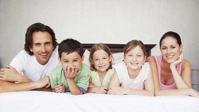 Многодетный отец (дети от разных браков): льготы, как получить статус