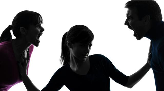 Жена подала на развод: что делать мужу, план действий по примирению