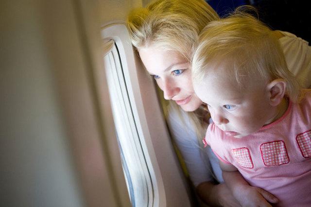 Выезд ребенка за границу с одним из родителей в разводе: как получить разрешение и что делать, если отецмать не дает согласия