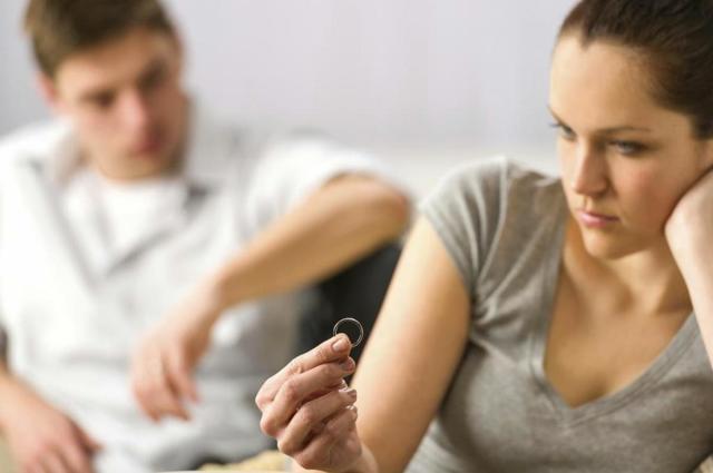 Что считается изменой в браке: причины, как не пойти на поводу у искушения