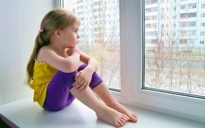 Как выписать несовершеннолетнего ребенка из квартиры собственника