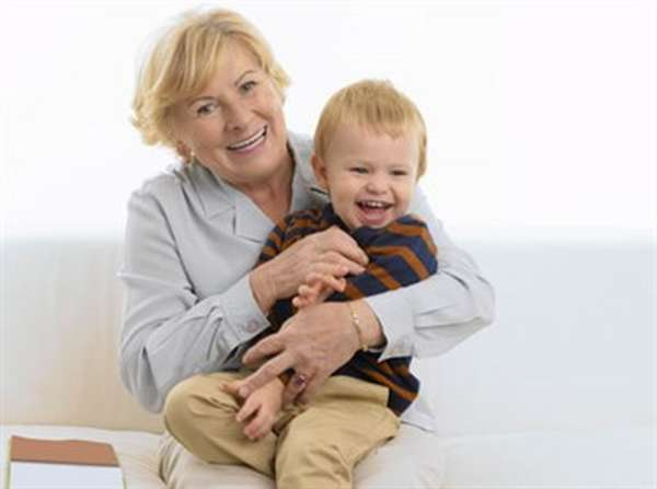 С какого возраста и до скольки лет можно усыновить ребенка в России