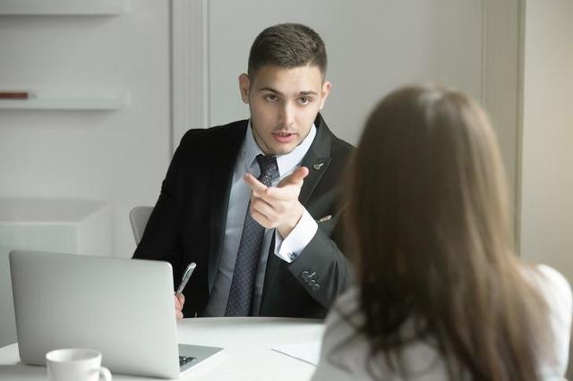 Можно ли уйти в декрет с декретной ставки, как это сделать и какие выплаты положены