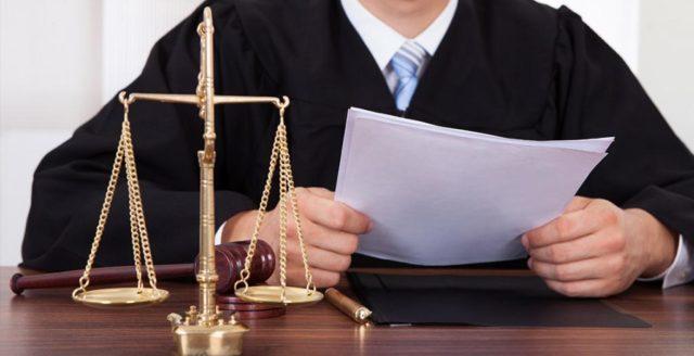 Развод с ребёнком до 3 лет: можно ли подать на расторжение брака