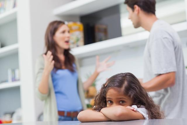 Можно ли взыскать алименты с родителей мужа, если он не платит