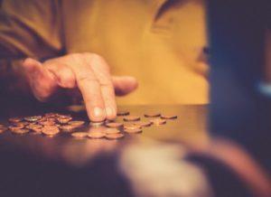 Долг по алиментам после 18 лет: как взыскать задолженность, судебная практика